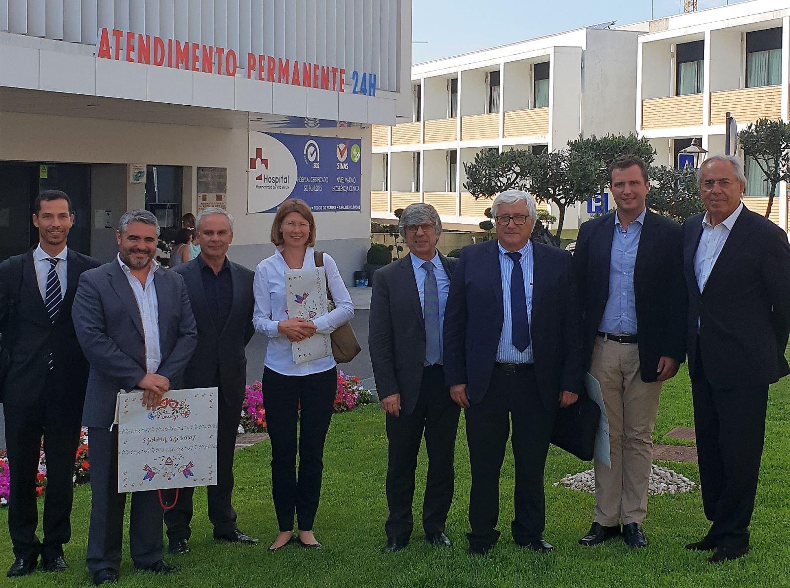 PQCAPI   UMP esteve reunida com Banco Europeu de Investimento