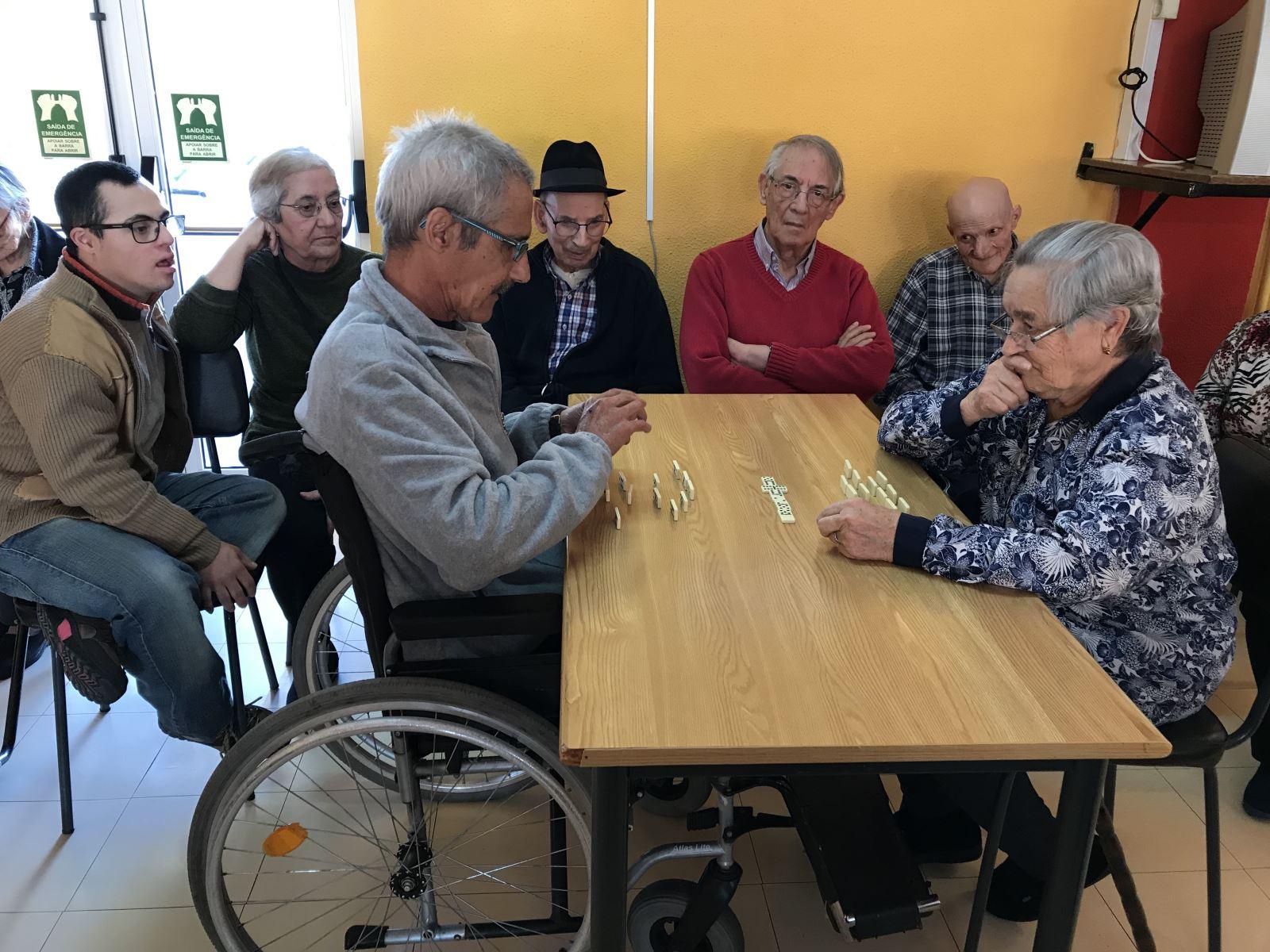 Belmonte | Torneios de dominó para estimular o raciocínio