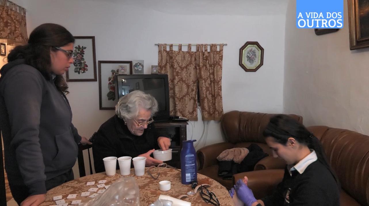 A Vida dos Outros | Apoio domiciliário - Vila Viçosa