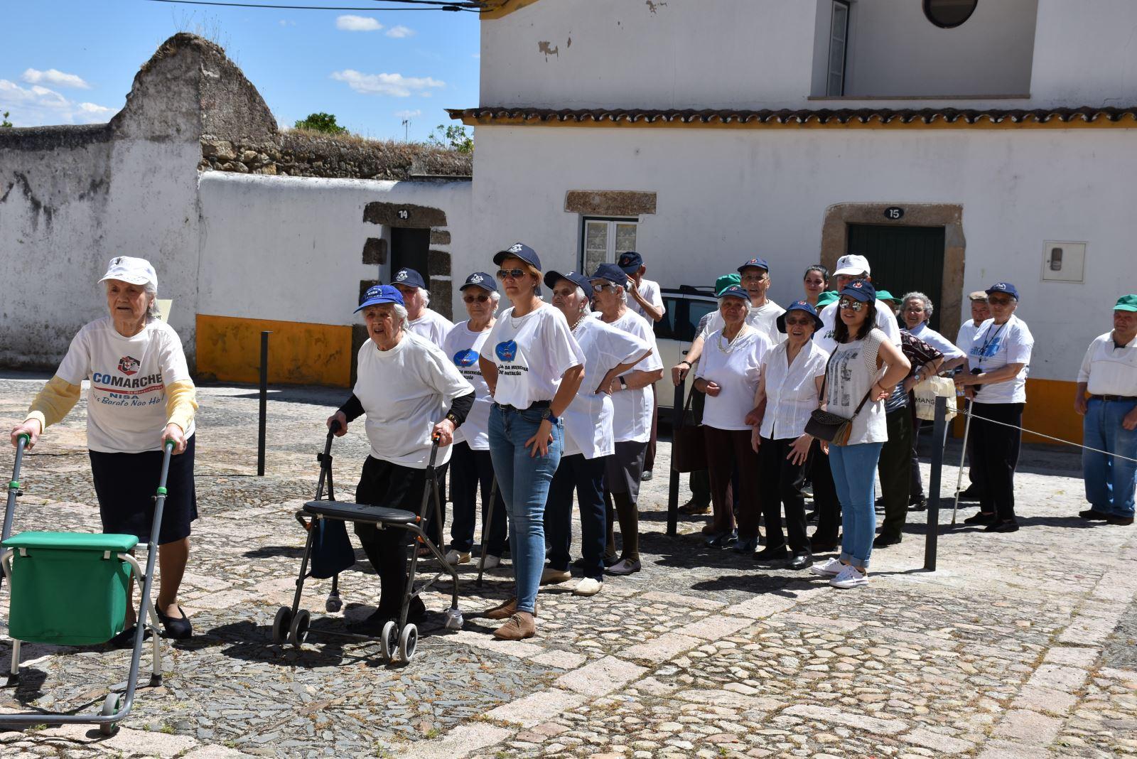 Nisa | Caminhada cultural e cheia de cor
