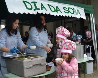 Murça   Crianças promovem alimentação saudável no 'Dia da Sopa'