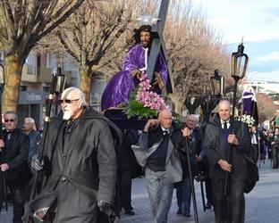 Fundão | Centenas de pessoas na procissão dos Santos Passos