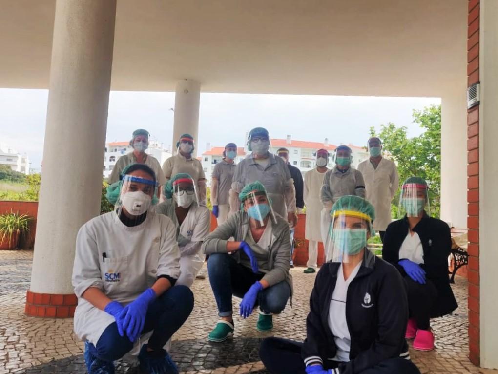 Heróis de Máscaras no combate à pandemia