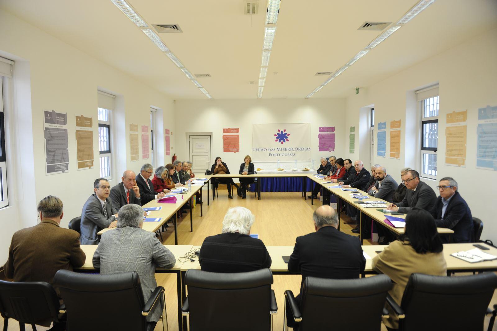 Sessão de acolhimento aos novos provedores em Lisboa