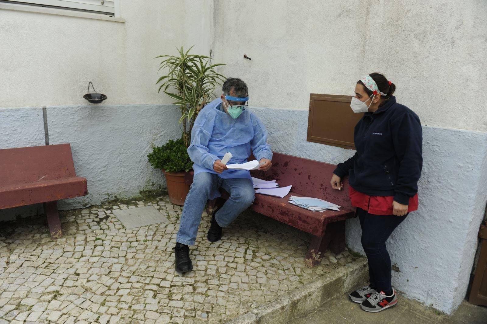 Almada | Eleições no Lar Granja Luís Rodrigues