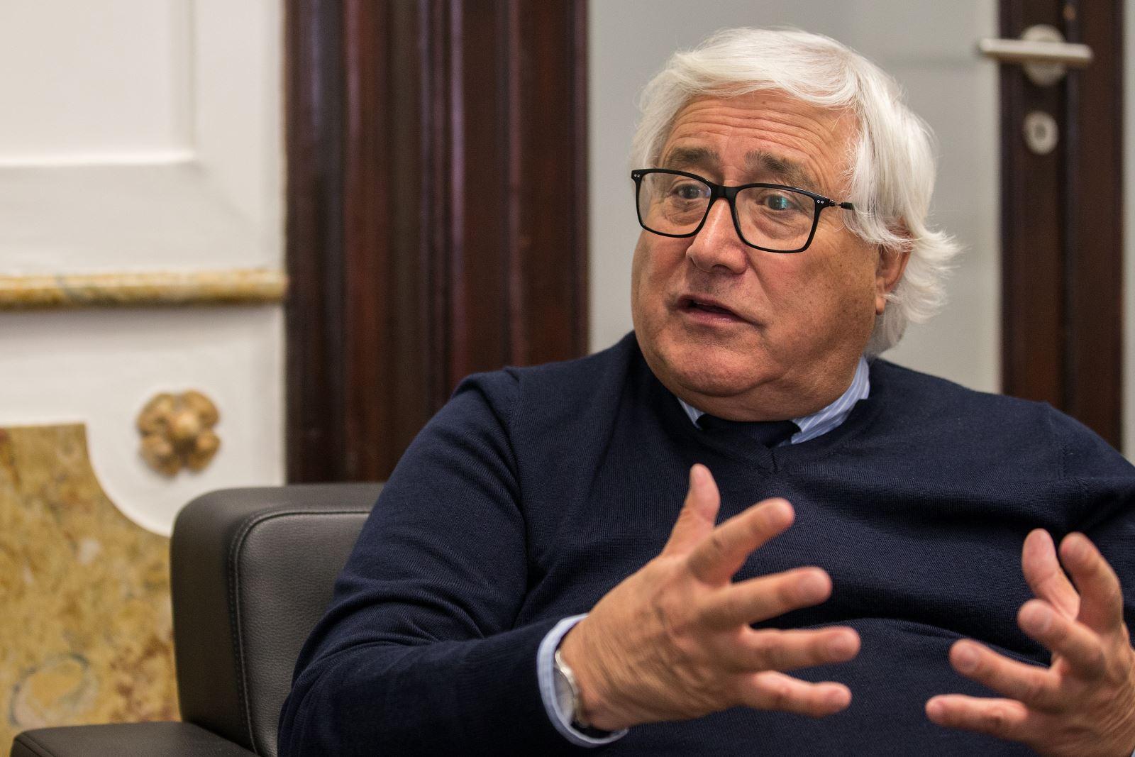Presidente da UMP na entrevista TSF/JN