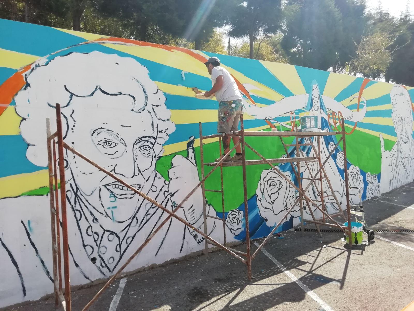 Sobral de Monte Agraço | Mural colorido e inspirado na missão