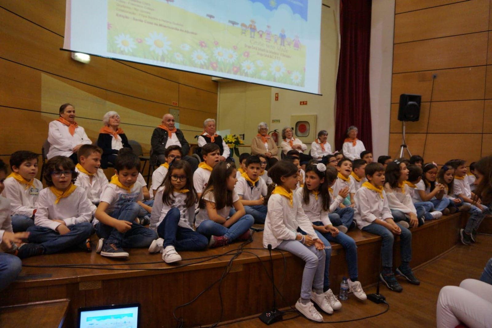 Aljustrel | Idosos e crianças cantam o Alentejo  em CD