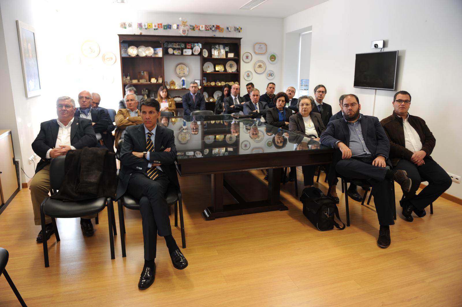 Novos provedores recebidos na sede da UMP em Lisboa