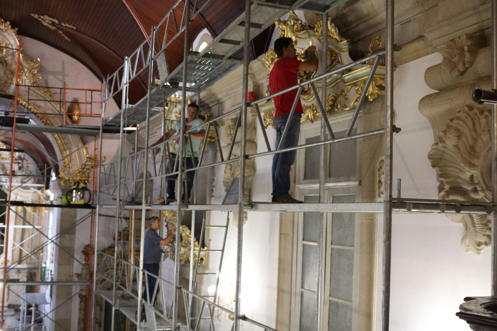 Barcelos | Reabilitação da igreja revela património móvel