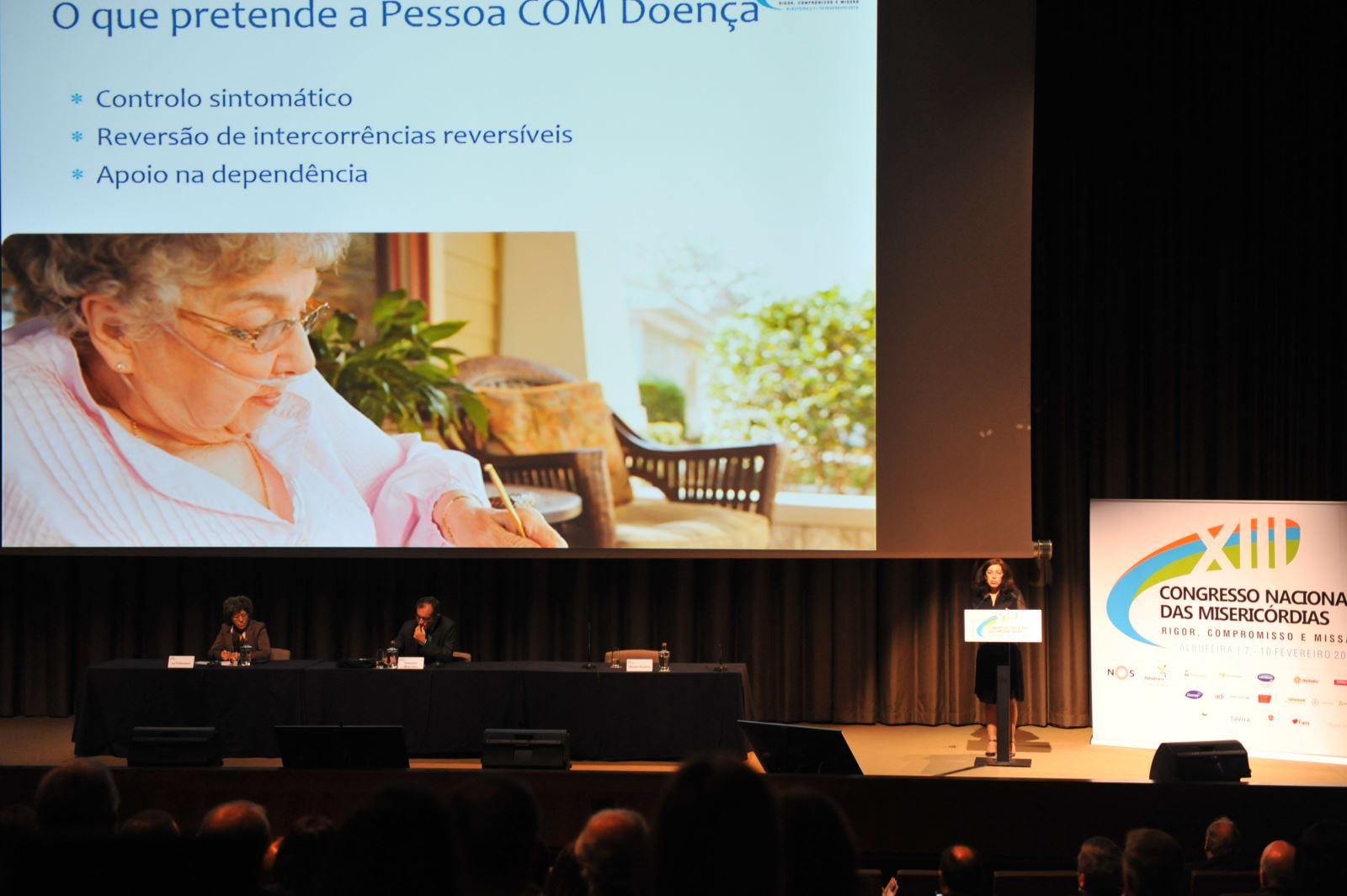 Congresso Nacional | 'Tirar um curso para ser doente em Portugal'