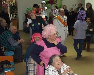 Vagos | Sessão fotográfica com idosos na festa de carnaval
