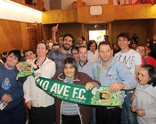 Vila do Conde | Jogadores de futebol recebidos em ambiente festivo