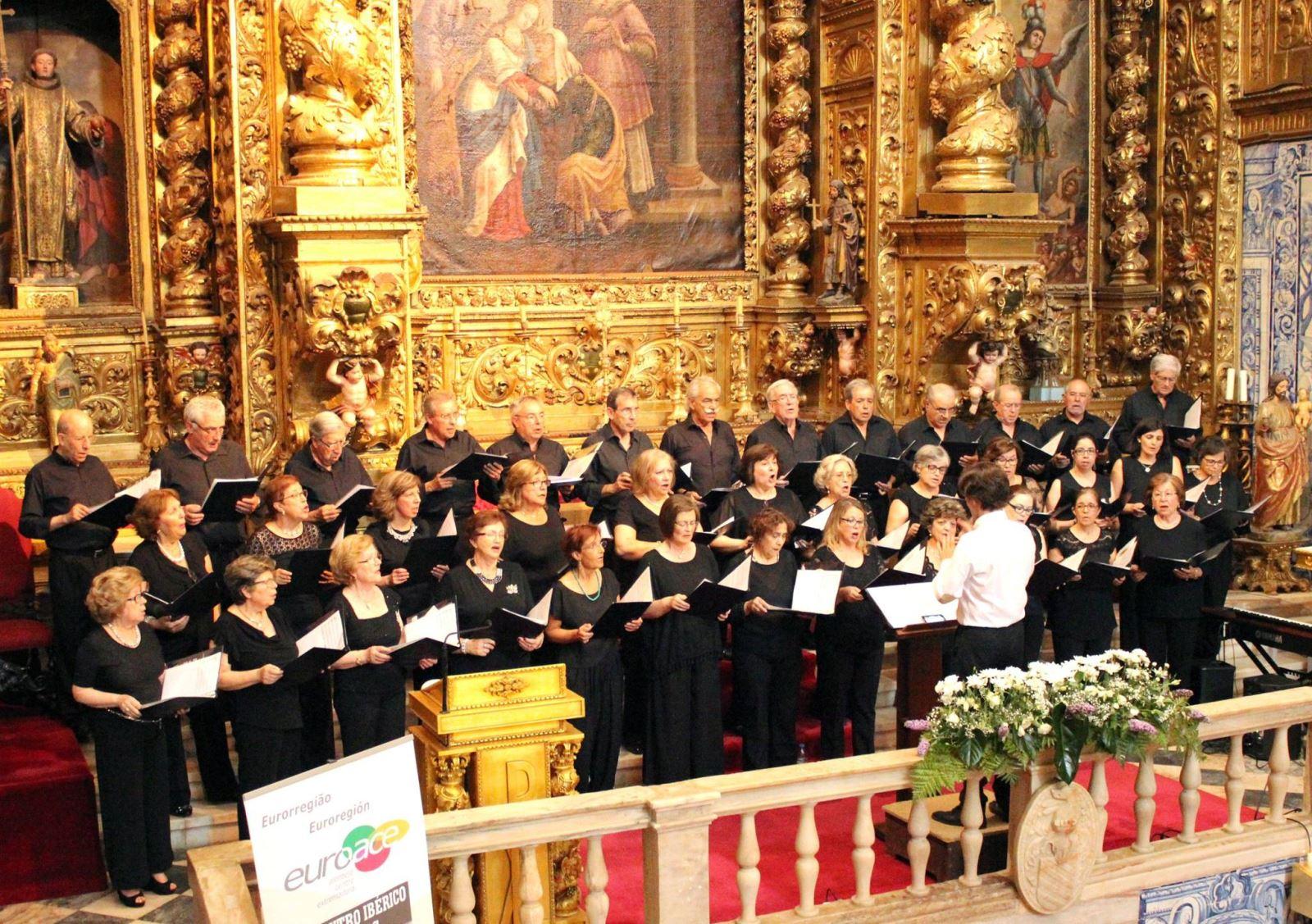 Évora | Quadra festiva assinalada com concerto e feira solidária