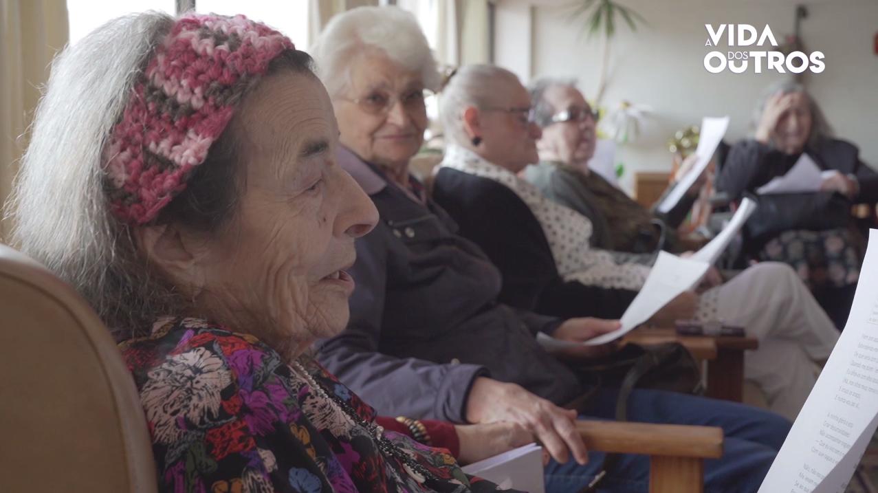 A Vida dos Outros | Biblioterapia no lar de idosos da Misericórdia de Leiria